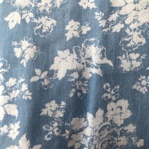 Cherokee Shirts & Tops - BLUE BEAUTIFUL FLOWERY TOP